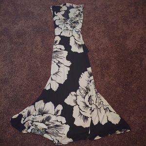 New York&co black & white long floral maxi dress